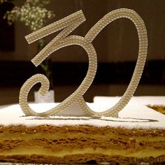 Bodas de Pérola - 30 anos de casamento - Festa - Como organizar - Topo do bolo - Pérolas - Perolado -As Filhas da Lu
