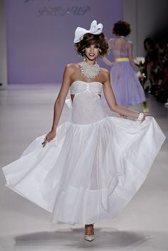Betsey Johnson Spring 2015 Ready-to-Wear - Collection - Gallery - Style.com  http://www.style.com/slideshows/fashion-shows/spring-2015-ready-to-wear/betsey-johnson/collection/14