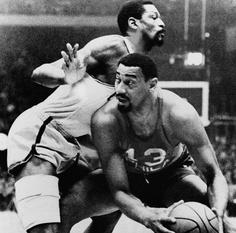 Bill Russell vs Wilt Chamberlain Wilt Chamberlain, The Sporting Life, Bill Russell, Grass Stains, Sport Hall, Jackson Family, Sports Basketball, Sports Figures, Boston Celtics