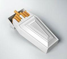 Cigarro e seu consumo em ambientes dos mais variados estilos caiu em desuso. Pelo menos no Brasil. Lembrando que antigamente era permitido fumar dentro de ônibus e (acredite) aviões.  #fora de #moda #saúde #saude