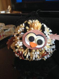 Pom Pom owl Pom Pom Owl, Pom Pom Animals, Pom Poms, Crochet Earrings, World