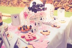 Elegant Kids Organisers treat every aspect of the event from concept to execution with the dedication needed to ensure a stress - free and memorable event. Minnie Mouse Party, Mouse Parties, 1 Year Birthday, Birthday Cake, Dessert Table, Party Themes, How To Memorize Things, Treats, Desserts