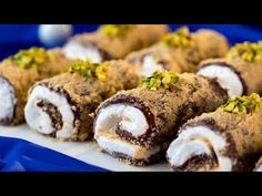Prajitura fara coacere - un desert turcesc pe placul tuturor! | SavurosTV - YouTube Snack Recipes, Dessert Recipes, Cooking Recipes, Snacks, Turkish Recipes, Ethnic Recipes, Cold Desserts, Biscotti, Sushi