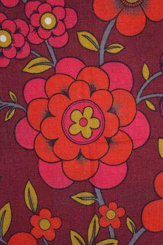 Vintage 60s 70s red orange and pinks irish linen by DorisandWilfs, $15.50
