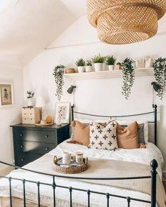 Cute Bedroom Decor, Room Ideas Bedroom, Dream Bedroom, Home Bedroom, Warm Bedroom, Light Bedroom, Adult Bedroom Ideas, Ikea Bedroom Design, Cottage Bedroom Decor
