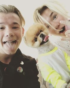I love Marcus and Martinus both dogs ! So this is my favourite picture of them! Twin Boys, My Boys, Twin Brothers, Jiff Pom, Dream Boyfriend, Bff Tattoos, Handsome Boys, Hanging Out, Twins