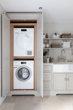 Utility Room - Worcestershire Project - H Boot Room Utility, Small Utility Room, Utility Room Storage, Utility Room Designs, Small Laundry Rooms, Laundry Room Storage, Laundry In Bathroom, Utility Room Ideas, Laundry In Kitchen