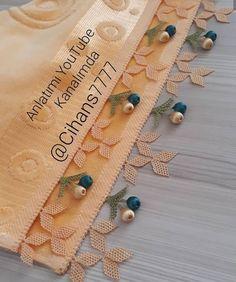 @igne_oyalarim_calikoglu 👈 #gunaydin #igneoyasimodelleri #sunum #elemeği #göznuru #ceyizlik #havlu #moda #cool #mutfakhavlusu #namazörtüsü… Viking Tattoo Design, Viking Tattoos, Personalized Christmas Gifts, Christmas Gifts For Kids, Muslim Prayer Mat, Saree Tassels, Sunflower Tattoo Design, Needle Lace, Homemade Beauty Products
