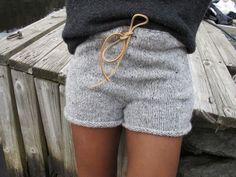 Hand Knitting, Knitting Patterns, Crochet Patterns, Knit Pants, Knit Shorts, Boot Cuffs, Lounge Pants, Patterned Shorts, Tweed