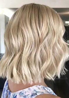 Latest Mid Length Blonde Haircut Styles for Women 2020 Haircuts For Medium Hair, Blonde Haircuts, Medium Hair Cuts, Medium Hair Styles, Long Hair Styles, Mid Length Blonde, Haircut Styles For Women, Bob, Shoulder Length Hair
