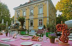 Das Bamberger Haus im Zentrum von München ist eine denkmalgeschützte, restaurierte Villa in der Ihr glamourös feiern & speisen könnt.