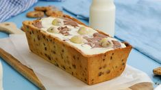 Recipe with video instructions: This chocolate chip cookie dough loaf is simply marbelous! Ingredients: For the cookie dough:, cup sug. Lava Cookies, Nutella Cookies, Ice Cream Pies, Ice Cream Cookies, Chocolate Filling, Chocolate Chip Cookie Dough, Best Dessert Recipes, Fun Desserts, Biscuit Nutella