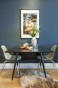 A Rented New York Apartment With a Sense of Heritage — Heart Home Pottery Barn Colors, Luxury Dining Room, Dining Rooms, Blue Walls, Dark Walls, Wall Colors, Paint Colors, Interior Inspiration, Sweet Home