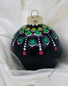 Excited to share this item from my Etsy shop: Hand painted Mandala Christmas Ornament Black Glass Ball Painted Christmas Ornaments, Hand Painted Ornaments, Christmas Ornament Sets, Christmas Bulbs, Diy Christmas Baubles, Christmas Crafts, Christmas Mandala, Christmas Rock, Christmas Ideas