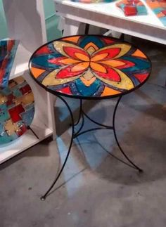 Mosaic Pots, Mosaic Diy, Mosaic Crafts, Mosaic Glass, Mosaic Tiles, Mosaics, Mosaic Furniture, Hand Painted Furniture, Mosaic Designs