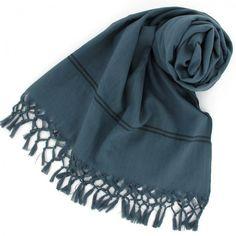 Etole delhi - Vert de gris http://www.by-johanne.com/foulards-nouveautes/1599-etole-delhi-vert-de-gris.html
