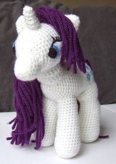 My Little Pony Toy Crochet Pattern. This looks like one I had as a kid.