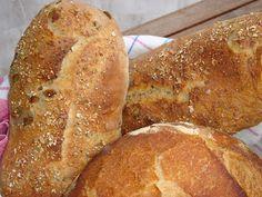 Nem vagyok mesterszakács: Pain paillasse- olívabogyós és zöldfűszeres kovászos gyökérkenyér Bread, Food, Pai, Brot, Essen, Baking, Meals, Breads, Buns