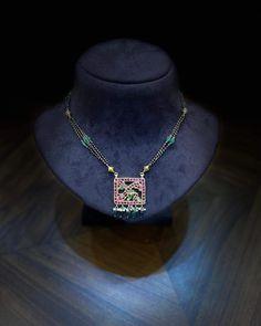 24k Gold Jewelry, Gems Jewelry, Beaded Jewelry, Jewelery, Beaded Necklace, Simple Jewelry, Jewelry Patterns, Indian Jewelry, Costume Jewelry