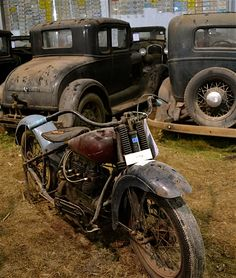americabymotorcycle: barn find.
