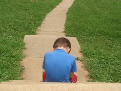 Hoe help je een kind met frustraties?