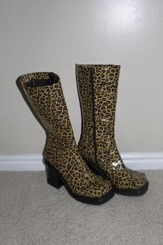 Duct Tape Cheetah Boots: DIY Tutorial | 101 Duct Tape Crafts