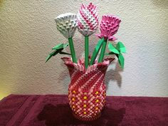 How to make a 3D Origami Vase.