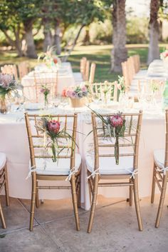 Palm Springs Glam Wedding http://www.desireehartsock.com/a-palm-springs-wedding-for-the-sweetly-glam-bride/