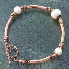 Kupferarmband mit Zuchtperlen - Copper bracelet with freshwater pearls