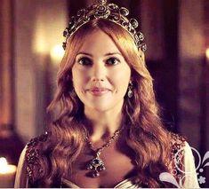 Meryem Uzerli | Turkish Goddess
