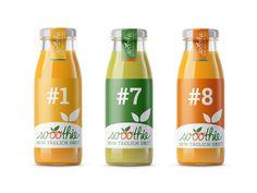 Design von Flaschenetiketten für Svoothie - einen Hersteller von leckeren, frischen Obst- und Gemüse-Smoothies. Neben dem Logodesign durfte ich die Gestaltung der Labels für die Flaschenausstattung ausführen. Das Logo ist in handschriftlicher Anmutung, was die Natürlichkeit und Frische des Produkts unterstreicht. © wirkraum