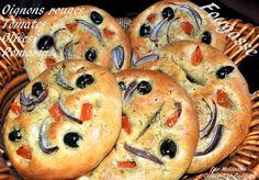 Fougasse (Focaccia) aux Oignons rouges, Olives, Tomates et Romarin - Couscous et Puddings