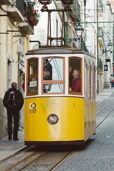 Places to go in Lisbon. Check our blogpost for inspiration!