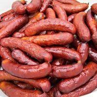 Recept : Valašské klobásy II. | ReceptyOnLine.cz - kuchařka, recepty a inspirace Czech Recipes, Ethnic Recipes, Beef Jerkey, Homemade Sausage Recipes, Snack Recipes, Cooking Recipes, Smoking Meat, Food 52, Food And Drink