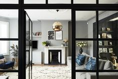 Stunning London Location Home in Shades of Grey (Gravity Home) My Living Room, Living Room Decor, Living Spaces, Decoracion Vintage Chic, Open Plan Kitchen Diner, Gravity Home, London House, Interior Photography, House Front