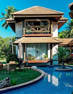 Com vistas exuberantes, acompanhadas de jardins vistosos, na praia, campo ou cidade. Estas piscinas fizeram sucesso no Pinterest no Brasil em 2015