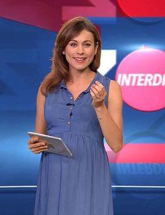 Envie de fraise ♡ Marie-Ange Casalta // NINA - Robe grossesse   #MaternityStyle #Maternity #Fashion #BumpStyle #Mumtobe #BabyBump