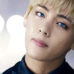 BTS | V blue eyes - yeah that part in the Blood Sweat and Tears MV totally took my breath away the first time❤❤❤❤❤❤❤
