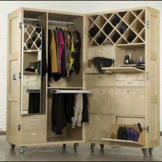 Gentil Cool Moveable Closet