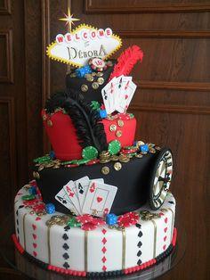 bolo 15 anos Débora by A de Açúcar Bolos Artísticos, via Flickr