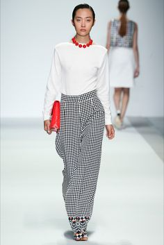 Holly Fulton #SS2015 #Fashion #Show #London #Trends