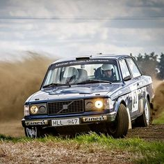 Michel Brundin in a 240 at the Varvloppet 2012. Photo by Jens Karlsson