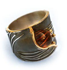 Elisenda de Haro. Ring, silver, gold and citrine