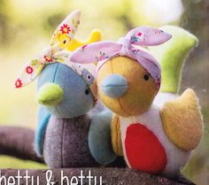Hetty Betty - this is a cute felt softie/toy bird PATTERN from Simone Gooding of May Blossom. Designed to be made with wool felt, they are wearing pretty fabric headscarves.
