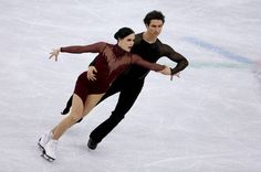 Tessa Virtue and Scott Moir of Canada compete during the Figure Skating Ice Dance Free Dance program on day eleven of the PyeongChang 2018 Winter. Virtue And Moir, Tessa Virtue Scott Moir, Scott Moir Engaged, 2018 Winter Olympic Games, Tessa And Scott, Pyeongchang 2018 Winter Olympics, Figure Skating, Ice Skating, Ice Dance