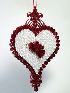 Stunning Victorian Open Lace Style Quilled / Filigree Decorative Heart Ornament.