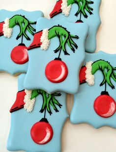 christmas cookies decorated 20 Best Christmas Sugar Cookies Recipes - Easy Ideas for holiday Cookies Cupcake, Grinch Cookies, Fancy Cookies, Iced Cookies, Cute Cookies, Sugar Cookies Recipe, Holiday Cookies, Cookie Icing, Christmas Cookies Grinch