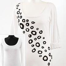 DIY Tutorial: T-Shirt Drapery with a Zipper DIY - Outfits, Shoes & Accessories Dana's Fashion Blog