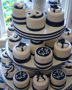 On my wedding I'll have a big fake cake and then give everyone mini cakes with the option of different flavors.