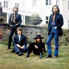 #OTD #1969 Friday. At Tittenhurst for 'The Last Photo Session.' Photo © Apple Corps Ltd. See more photographs from this day: http://gnikn.us/1eXRYnr #Beatles #TheBeatles